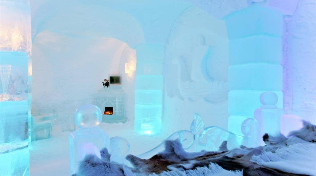 "<p>Sorrisniva Igloo Hotel, Norge. Foto: <a href=""https://www.facebook.com/Sorrisniva/photos/pb.120930727965704.-2207520000.1440508029./944920985566670/?type=3&amp;theater"" target=""_blank"">Facebook</a></p>"