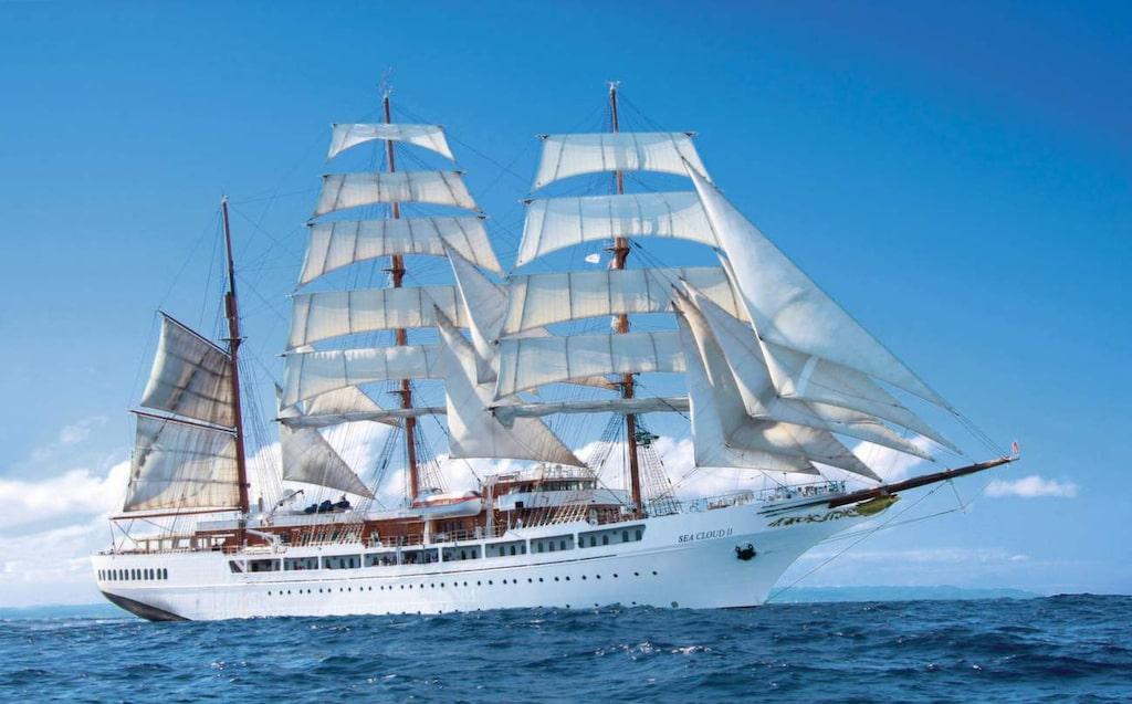 <p>Seacloud. Man måste inte kunna ett dugg om segling för att uppskatta en kryssning med det här lyxiga skeppet.</p>