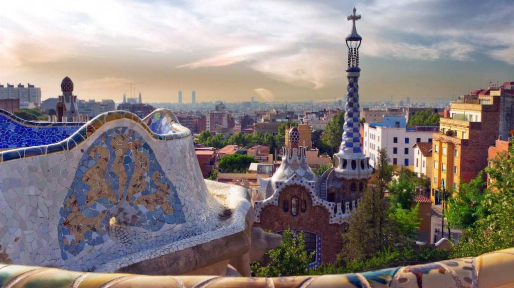 Barcelona är ett av svenskarnas favoritresmål.