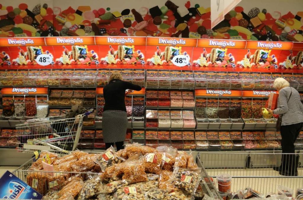 <p>Gekås säljer omkring ett ton smågodis om dagen.</p>