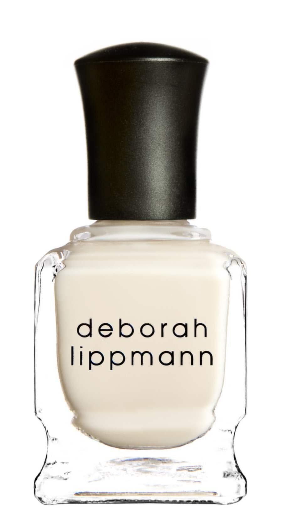 <strong>50 år</strong><br>Ett återfuktande underlack för friska och räfflade naglar. Kan användas ensamt eller under färgat nagellack. Innehåller kiselsyra och silkefibrer som fyller ut räfflorna och ger en jämn yta så att lacket får fäste.<br>Ridge filler base coat, Deborah lippmann<br>198 kronor, glamazon.se