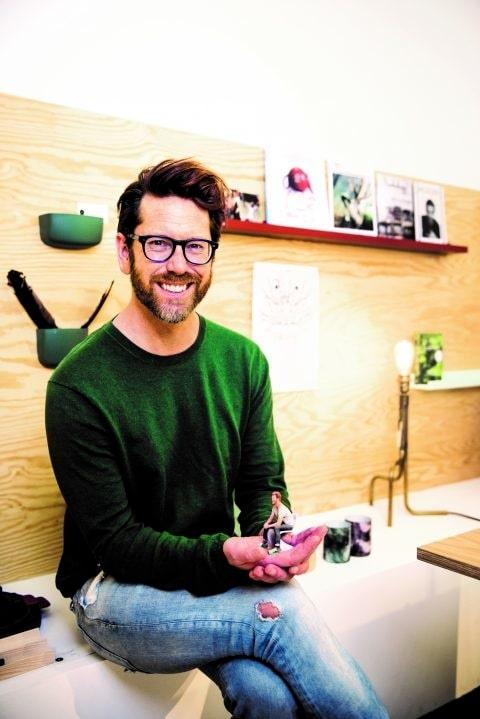 Stefan Nilsson spanar efter nya företeelser och fenomen inom inredning, design, mode och mat.