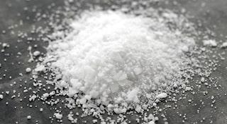 äta för mycket salt