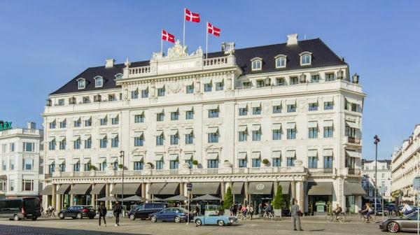 Hotel d'Angleterre är Köpenhamns motsvarighet till Grand Hôtel i Stockholm.