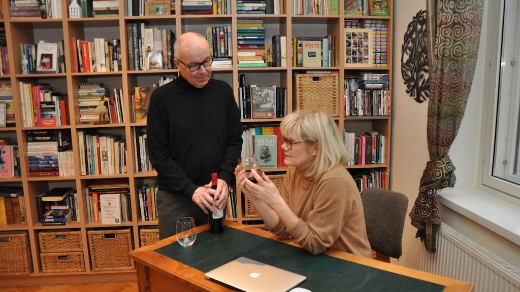 Pekka och Tuula-Riitta Markanen lämnade företagsvärlden och satsade på sitt vinintresse.