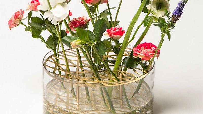 Populära Klong-vasen Äng kan du nu få för halva priset. Läs nedan hur...