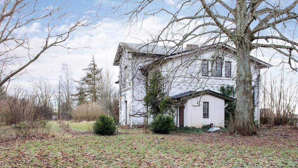 Husets tomt är 8 760 kvadratmeter.