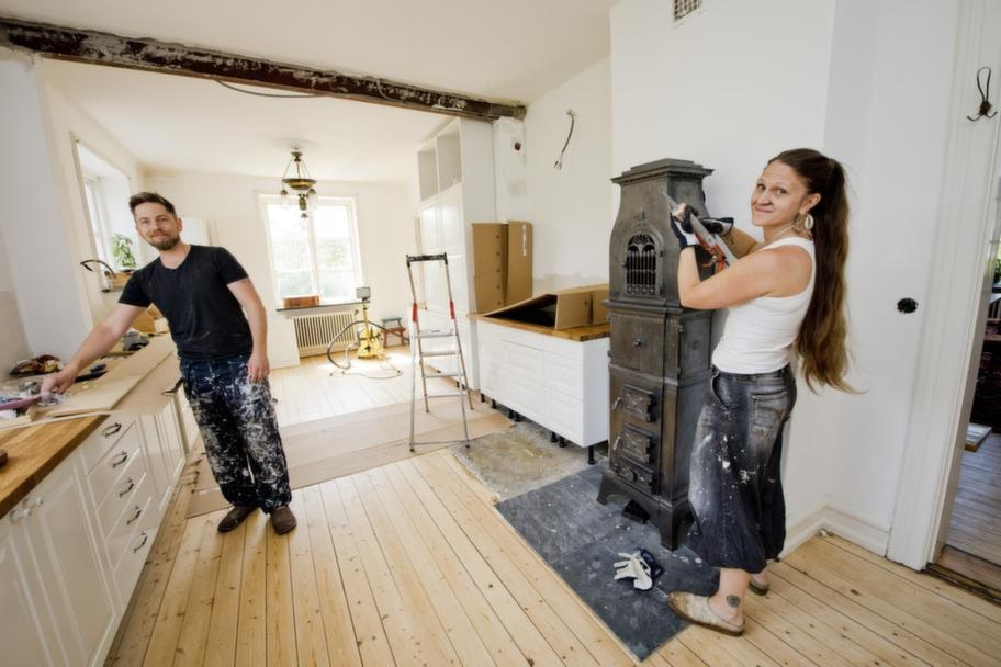 För att lyckas med renoveringsprojektet anser Sandra och Klas att det är viktigt att man släpper in varandra och låter båda testa.