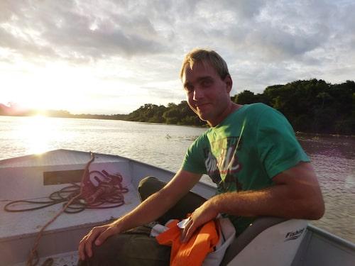 Här söker Jonatan Borling efter jaguarer i Brasilien. Missa inte hans tips på hur resan blir lyckad.