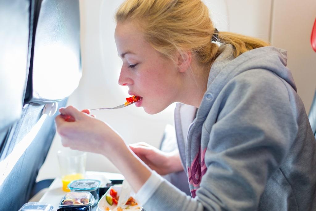 Trycket i flygkabinen påverkar våra smaklökar negativt.