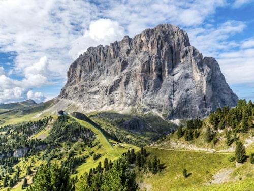 Dolomiterna är också en fantastisk plats att besöka sommartid.