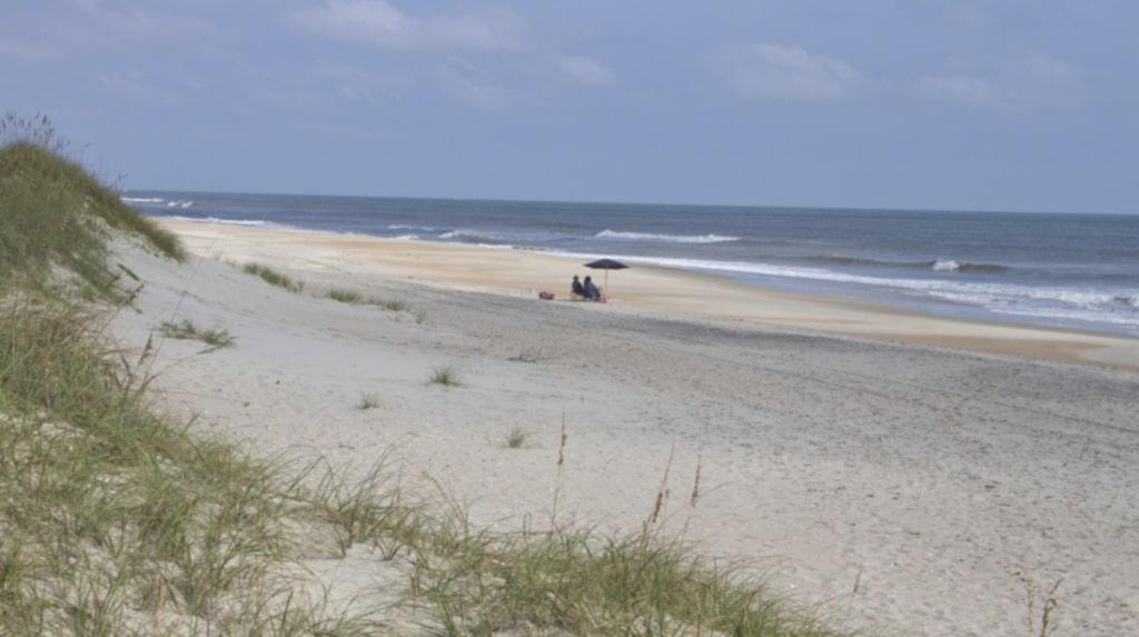 <p>Kapten Svartskäggs skepp ska ha gått på grund utanför North Carolinas kust. Experter tror att hans skatt ska finnas på den närliggande ön Ocracoke Island. <br></p>