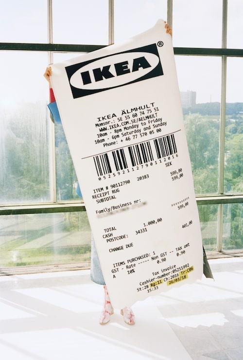 Ikea-kvitto som matta, 599 kronor.