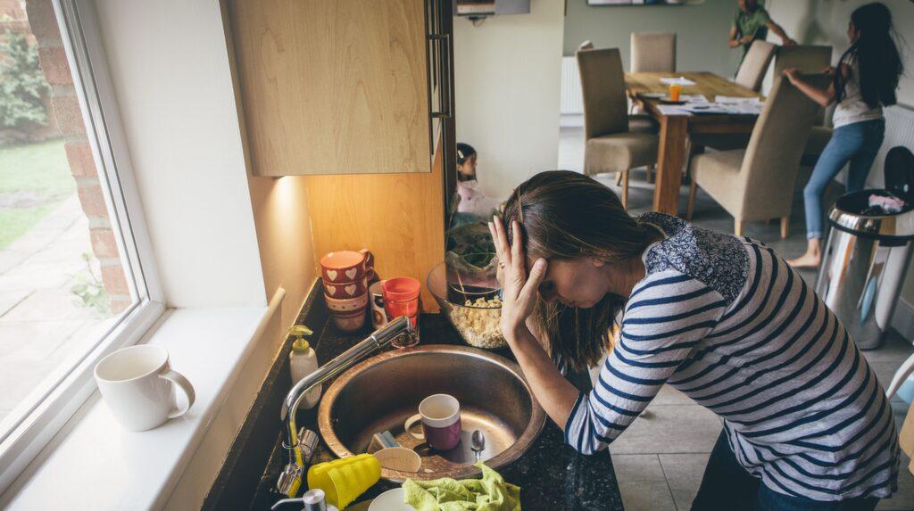"""<p>Blir du också stressad för att du inte hinner städa där hemma?<br>Lugn, det finns """"fredade zoner"""" där du inte behöver hålla efter.</p>"""