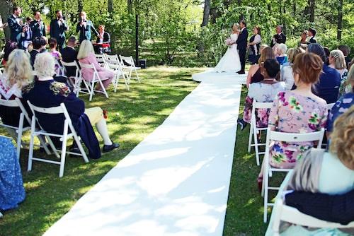 """Jan Johansen sjöng nya låten """"Bättre man"""" till sin Jenny när de gifte sig i våras."""