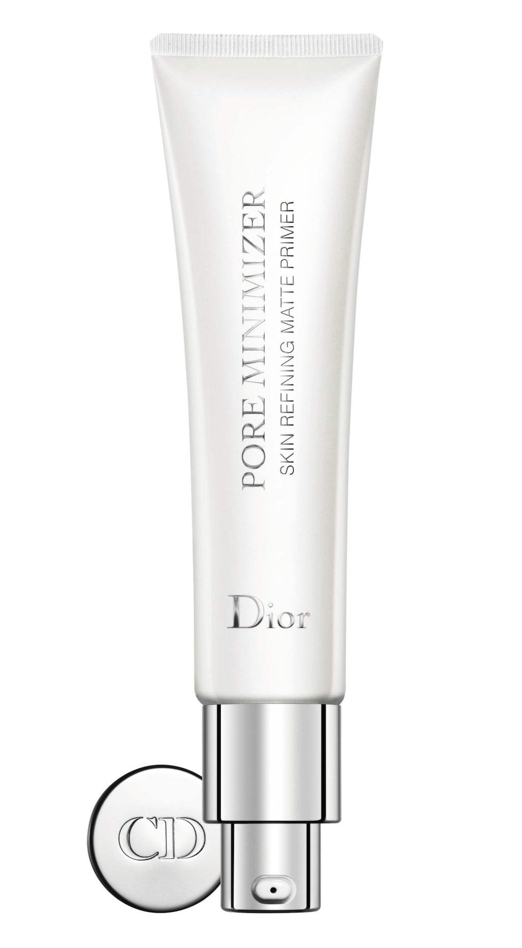 Jämnar ut. Pore minimizer, porminskande och utjämnande primer som kan läggas ovanpå foundation för att förbättra ytan, 440 kronor/30 ml, Dior, www.kicks.se