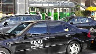 Taxi vill kora i bussfilerna