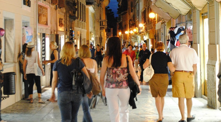 Porec har en välbevarad och välbesökt stadskärna med tydliga italienska inslag.