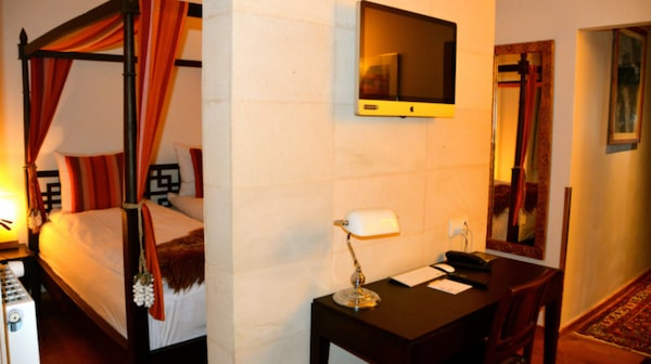 De 98 rummen har möbler i balinesisk stil.