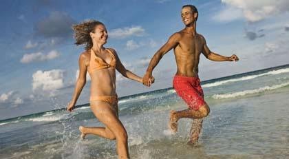 Vill du komma i form till sommaren? Dumpa kolhydraterna och ät mer fett.