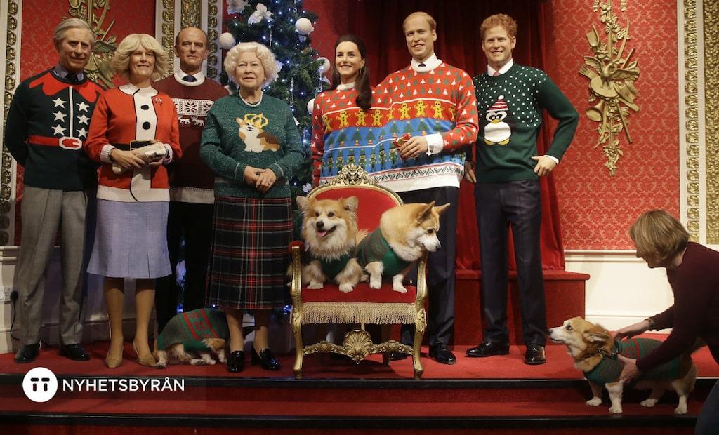 Till och med konservativa engelska kungafamiljen har plötsligt blivit trendiga. I alla fall på Madame Tussauds vaxmuseeum i London. Tvillingtröjan var ju också mycket speciell.