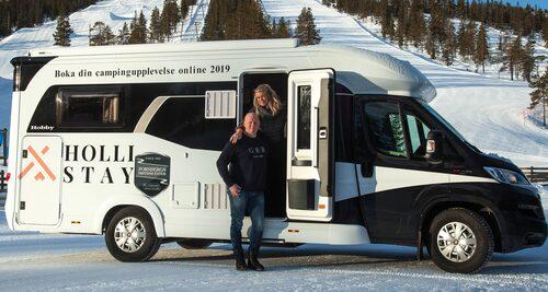 I mars lanserar Malin och Lars Mellstrand bokningssajten Hollistay.