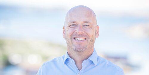Steinar Lund är mäklare på Svensk Fastighetsförmedling och har koll på vad du ska tänka på när du är ute efter att hitta det perfekta sommarhuset.