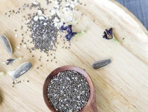Testa att göra pudding eller koka gröt med chiafröna.