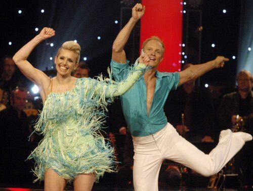 "2008 vann Tina ""Let's dance"" med dansaren Tobias Karlsson."