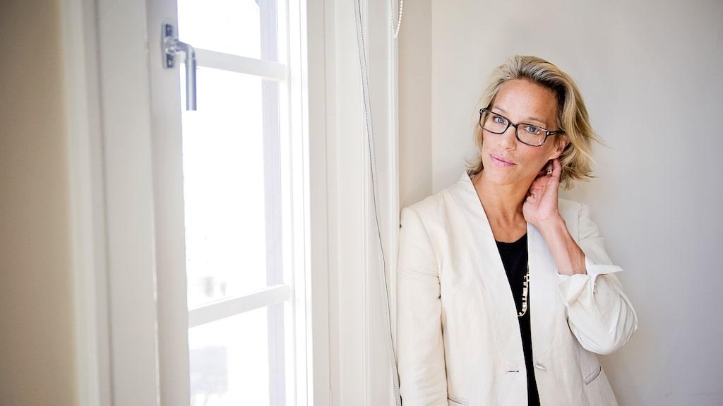 Emma Wiklund är nu aktuell med en ny hudvårdsserie för mogen hy.