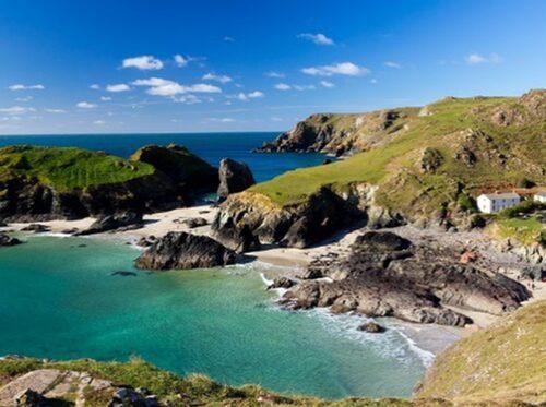 Cornwall med sitt vackra vatten.