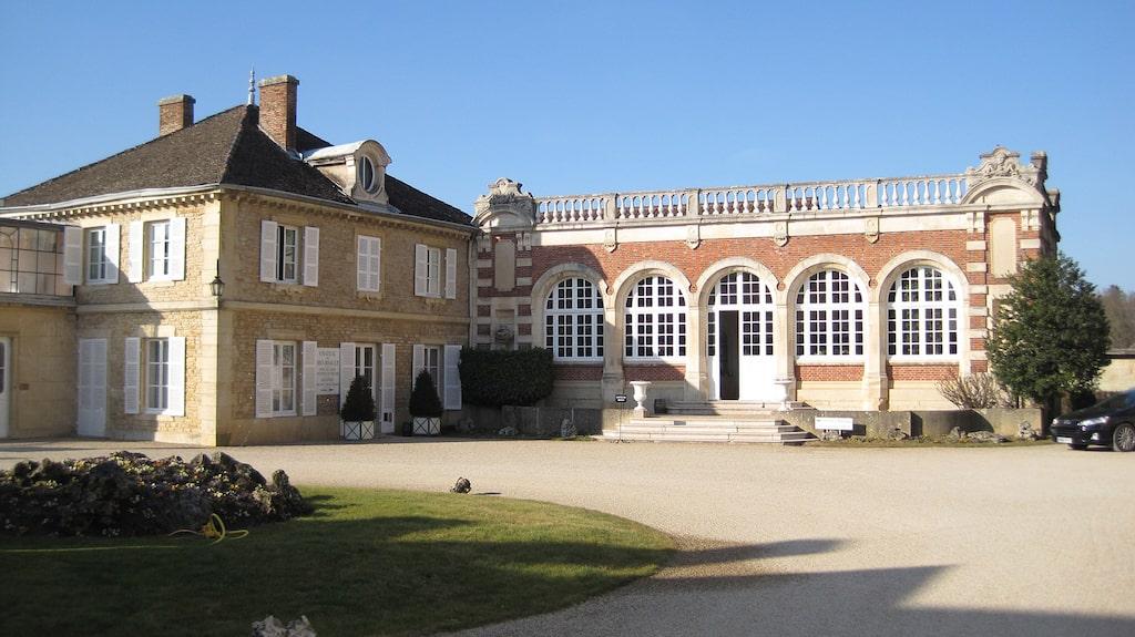 Vem skulle inte vilja besöka Domaine de la Romanée-Conti där de gör världens dyraste vin?