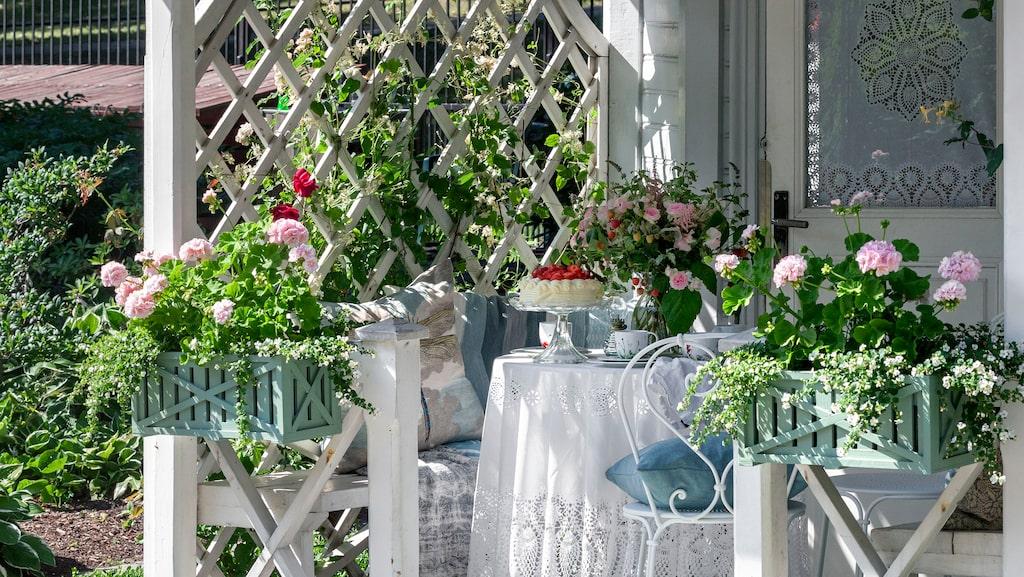 Duka upp till kafferep i bersån eller på verandan.