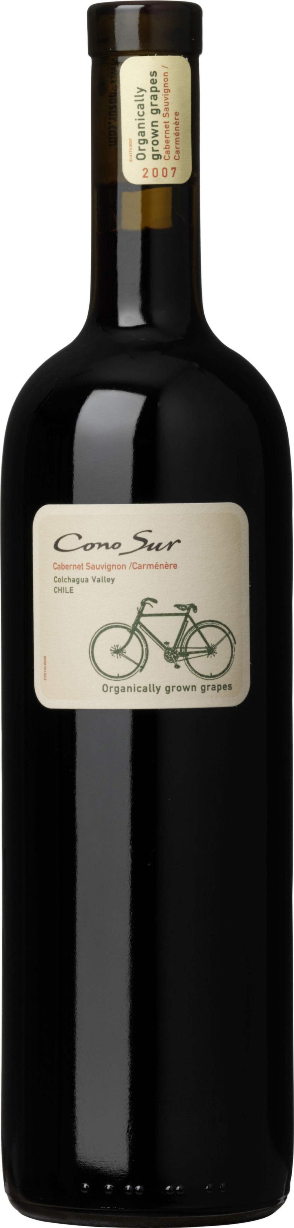 """Rött<br><strong>Cono Sur Cabernet Sauvignon Carmenere 2013 (6586) Chile, 89 kr</strong><br>Smak av mogna svarta vinbär, örter och lite rostade toner. Fin, generös och mjuk eftersmak. Gott till en grillad biff med örtsmör och pommes.<br><exp:icon type=""""wasp""""></exp:icon><exp:icon type=""""wasp""""></exp:icon><exp:icon type=""""wasp""""></exp:icon><exp:icon type=""""wasp""""></exp:icon><span></span>"""