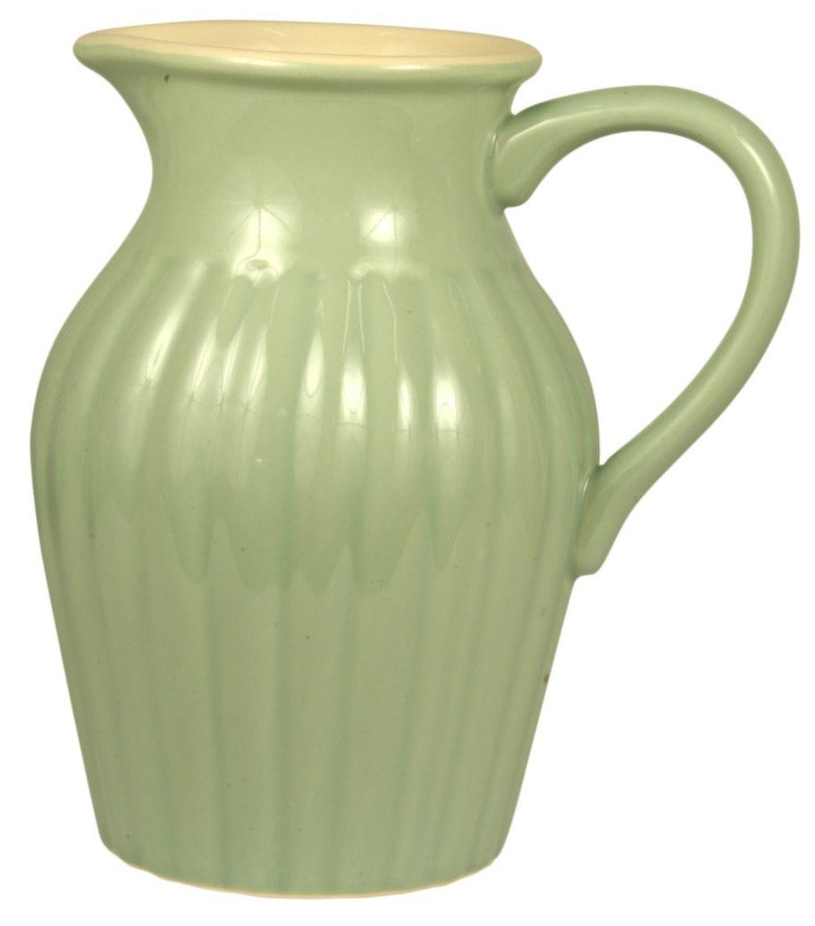 Rustik kanna. För blommor eller dryck, kanna från danska Ib Laursen, 170 kronor, broarne.se.
