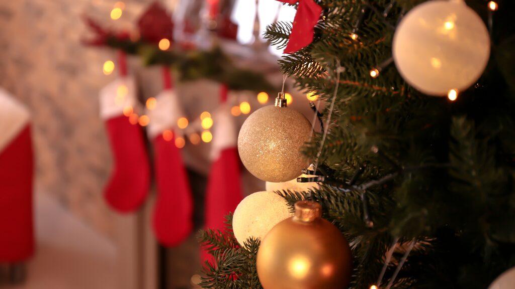 Med lite planering kan du få en riktigt lång julledighet i år.
