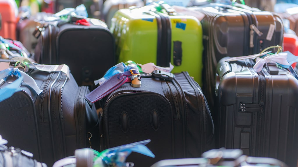 När du inte tittar kan någon pilla med ditt bagage under flyg-, tåg-, buss- eller taxiresan.