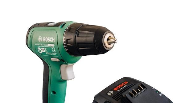 Bosch UniversalDrill 18 borrskruvdragare – Bra borr, bra batteri