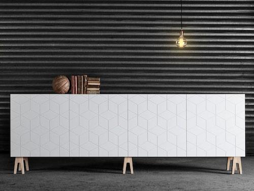 Ikea-stommarna Bestå och Metod finns i många fina format och kan byggas väldigt långa. Superfront gör många fina luckor och dörrar till stommarna och säljer även handtag, knoppar och toppstycken.