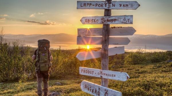Sommartid visar sig nationalparken Abisko från sin bästa sida.