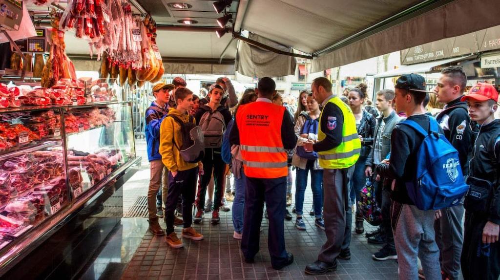 Greppet  är det senaste uttrycket för den växande rörelsen i staden som menar att den alltmer tilltagande turismen inverkar skadligt på  livskvaliteten i staden.