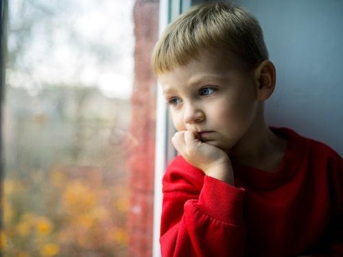 En del barn är känsligare än andra och kanske har annan ångestproblematik utöver klimatångest. Då kan ni behöva extra stöd, till exempel av BUP.