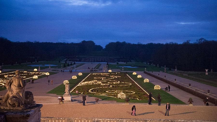 Sslottsträdgården skapades av den en gång oerhört berömde landskapsarkitekten André Le Nôtre.