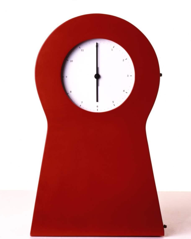 Klocka med förvaring. Thomas Erikssons populära klocka från Ikeas PS-kollektion 1995.