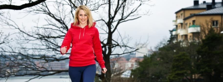 Att promenera kan hjälpa dig att gå ner i vikt och att sänka dina blodfetter.