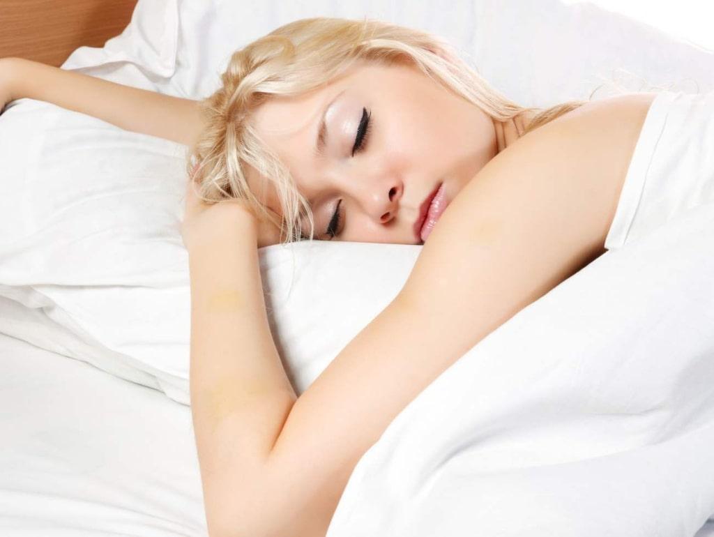 <strong>4. Professionell sovare</strong><br>Det finns många forskare och läkare som jobbar med att ta reda på orsaken bakom sömnstörningar och drömmar. Du får betalt för att sova så att de kan studera dig.