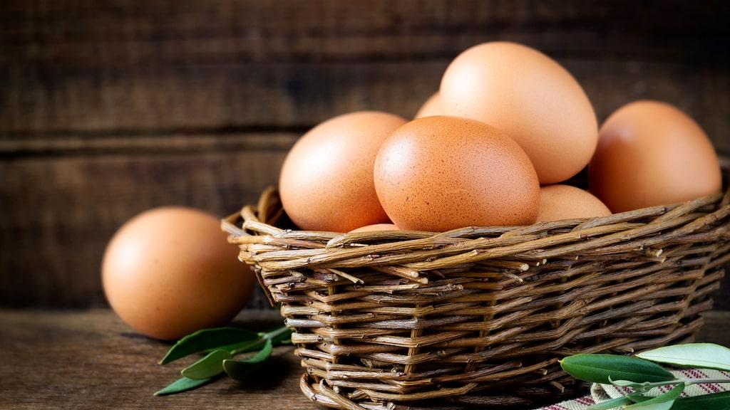 Men att få till de perfekt kokta äggen är en konst. Blir det fel så kan de bli både grågröna, stinka samt smaka illa.