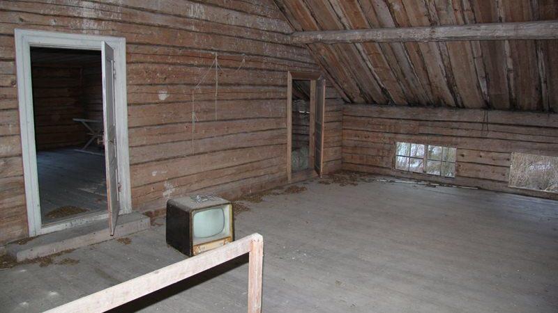 Del av andra våningen som också går att inreda.