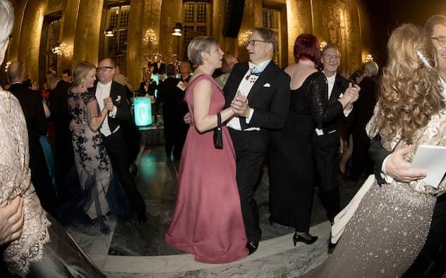 Stina Otterberg Och Horace Engdahl Dansar Vid Nobelbanketten December  Foto David Sica Stella Pictures