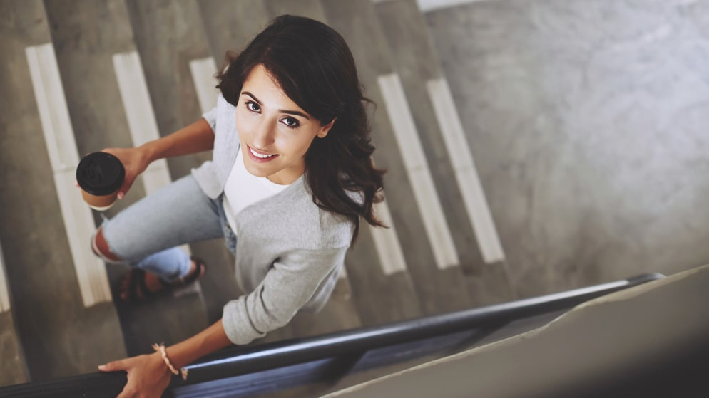 Vardagsmotion är viktigt för att förebygga stroke – ta trapporna i stället för hissen och försök att inte sitta för mycket.